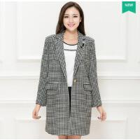 新款加大码女装胖mm时尚韩版中长款格子外套风衣潮