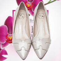 王菲儿新款时尚尖头低跟单鞋OL女鞋黑色工作鞋 高跟鞋976