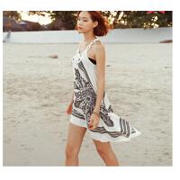 时尚休闲女士裙子 韩国新款不规则裙摆海边度假沙滩裙显瘦冰丝裙钩花连衣长裙女罩裙