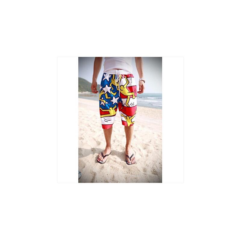 时尚休闲泳裤 韩国 涂鸦小人印花情侣沙滩裤 短裤热裤冲浪裤子度假
