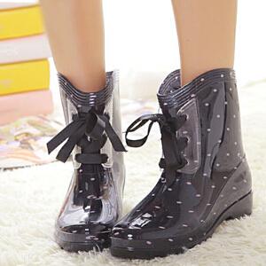 白领公社 雨鞋 女士新款春夏季花色日韩波点女鞋学院风中筒防滑水鞋PVC平跟底套鞋时尚靴学生雨靴